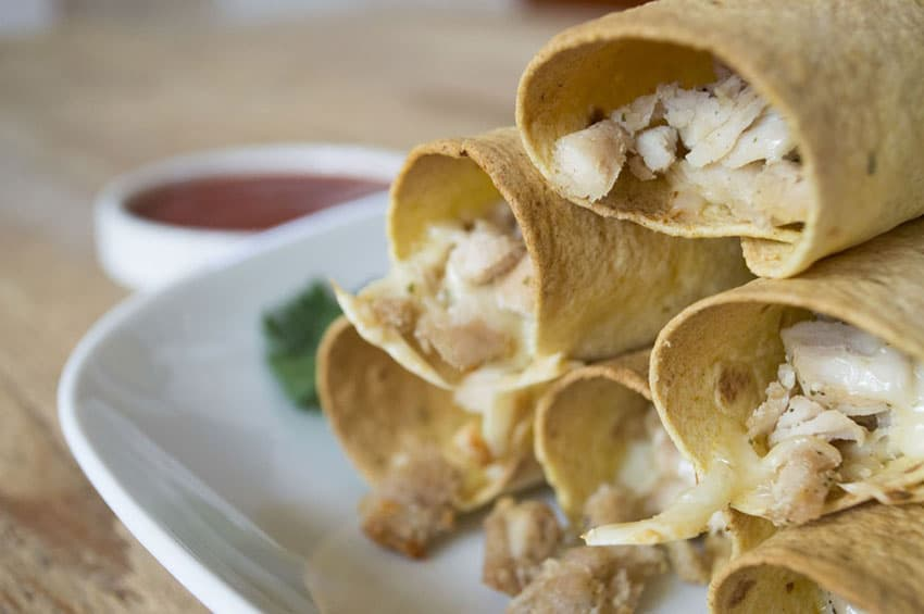 [picture of Healthy 3-Ingredient Chicken Taquitos]